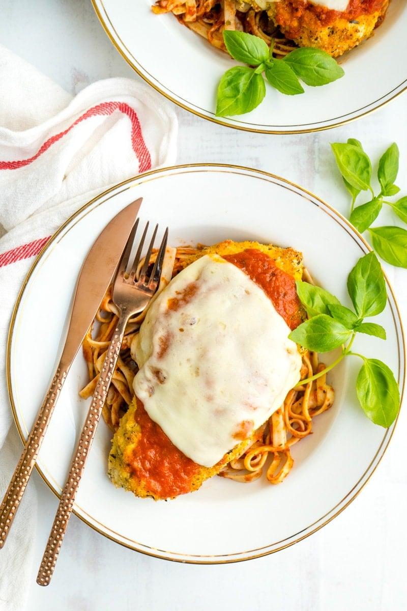 Healthy Keto Chicken Parmesan