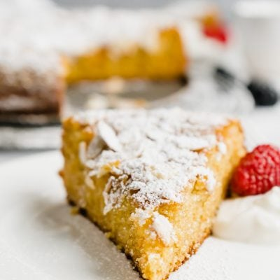 Spanish Almond Cake with Berries