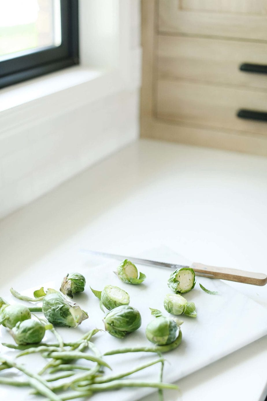 Tips for keeping your kitchen clean while preparing meals